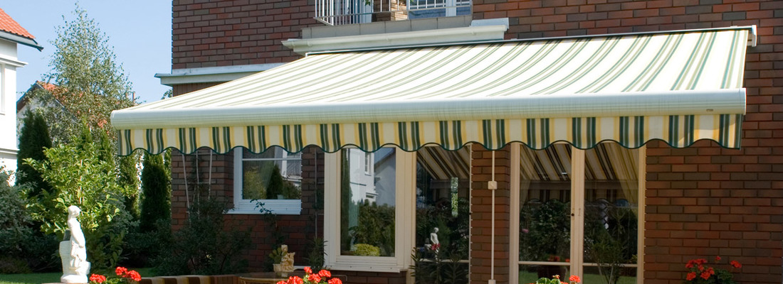 Pleasant chill in summer days - why is it worth having a terrace awning